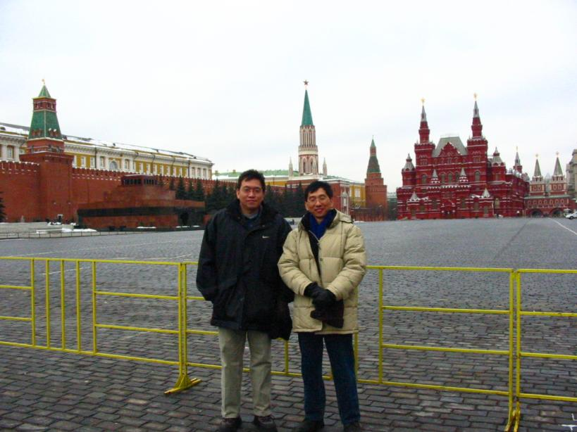 business-trip-to-moscow-russia-jay-with-terence-saint-peters-square-february-2003