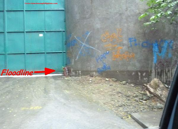 """How about the graffiti or """"art work""""? Those are things you should also avoid, but that's another story!"""
