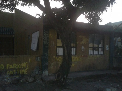 Las Pinas Foreclosed Property #275: Front view 03
