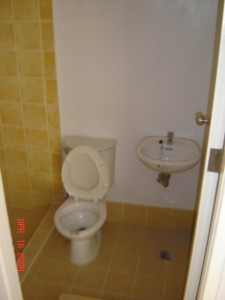 Foreclosed Ponte Verde Townhouse in BF Resort las Pinas - DSC09332