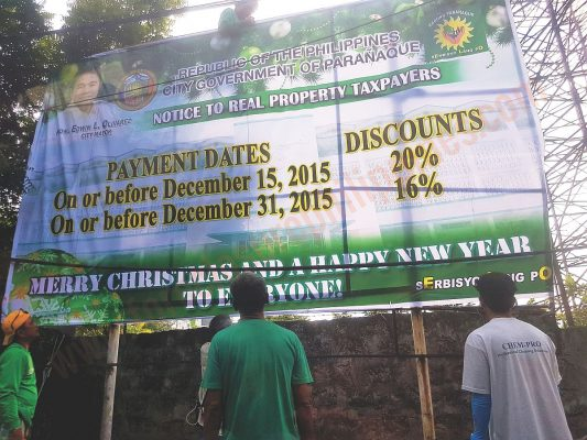 What's wrong with this announcement? A newly installed tarpaulin in Paranaque about real property tax discounts... they got the year wrong!